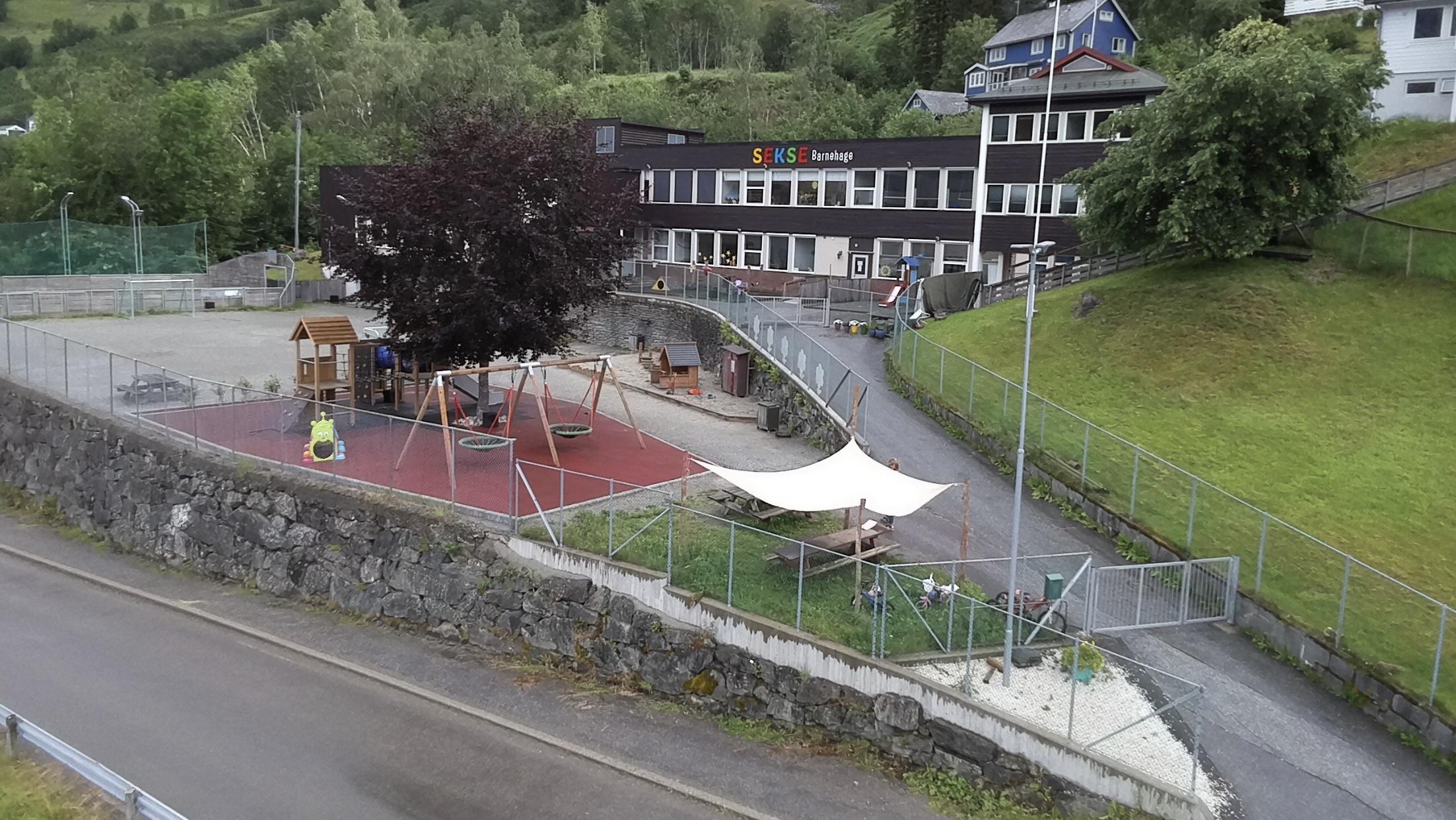 Oversiktsbilete av Sekse barnehage. Foto.